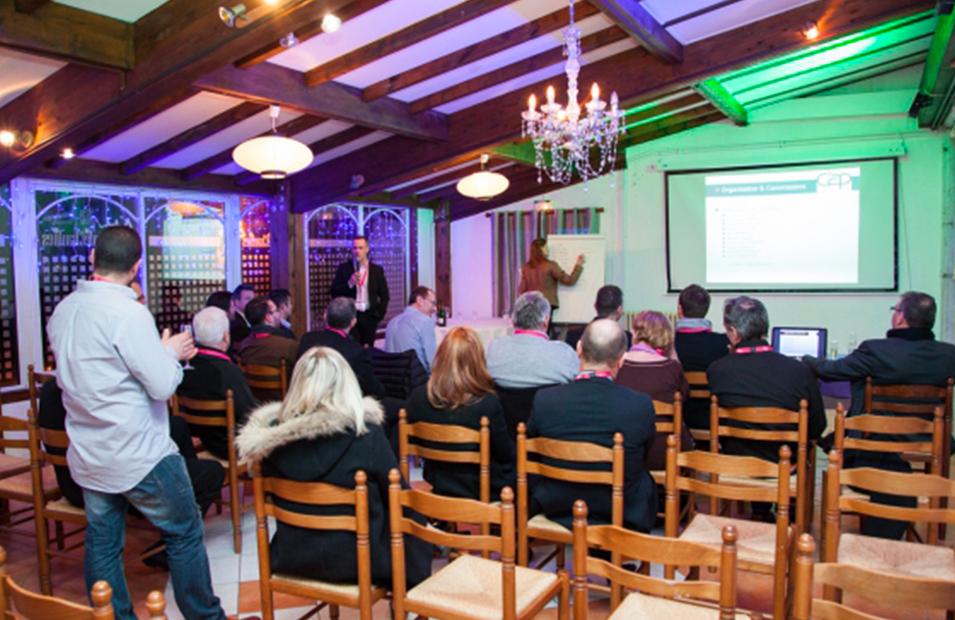 Organisation de présentation dans un séminaire Grenoble